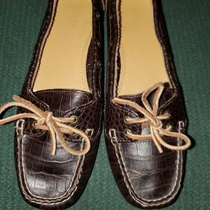 Sperry Top Siders, size 6-1/2 M,brown leather shoe